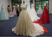 ベルリン 美濃和紙のドレス展示会